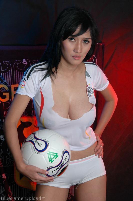 Foto Bugil Model Indonesia Telanjang